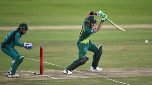 Faf du Plessis remained not out on 50.