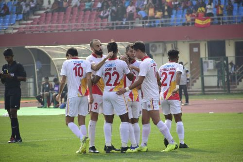 East Bengal players celebrating a goal