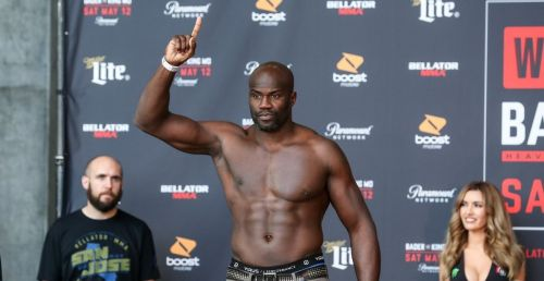 Cheick Kongo out-worked Shawn Jordan in their 3-round bout