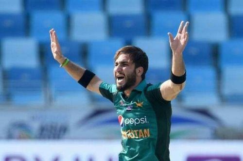 Usman khan picks 4 wickets in 6 balls