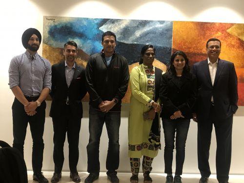 (L-R) Jury Panel for the second edition of Indian Sports Honours, Sardar Singh, Abhinav Bindra, Mahesh Bhupathi, PT Usha, Anjali Bhagwat and Mr Sanjiv Goenka