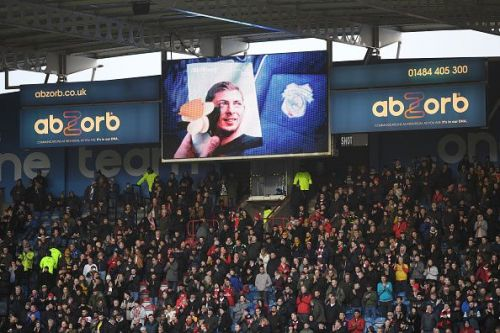 A tribute to Emiliano Sala during a Premier League match.