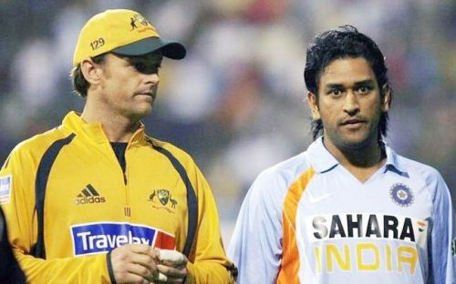 Gilchrist And Dhoni