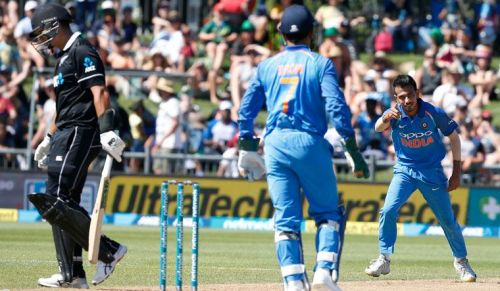 Chahal gets Taylor caught and bowled in the 1st ODI