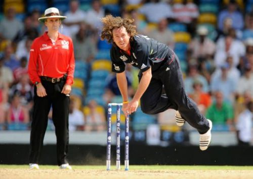 Ryan Sidebottom in action during the 2010 ICC World T20
