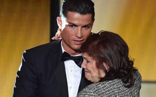 Ronaldo's mother admitted to new health problems