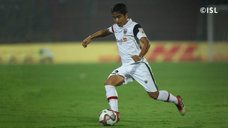 Lalthathanga Khawlhring in action for NorthEast United