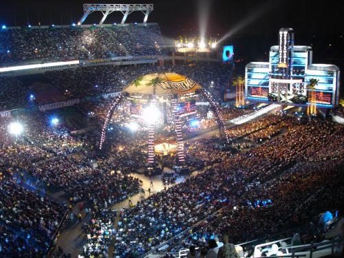 WrestleMania 24's set was a trendsetter