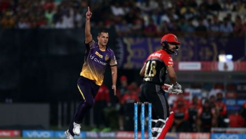 nathan coulter nile celebrates a wicket