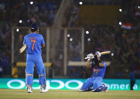 MSD Dhoni and Virat Kohli together winning the game for India