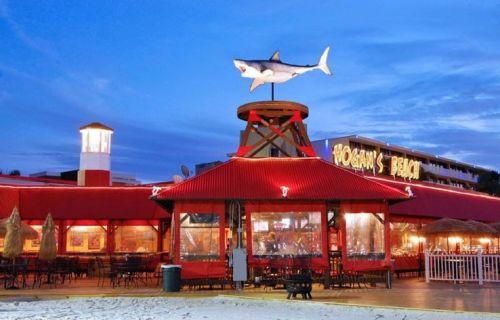 Hogan's Beach: His restaurant in Tampa, Florida