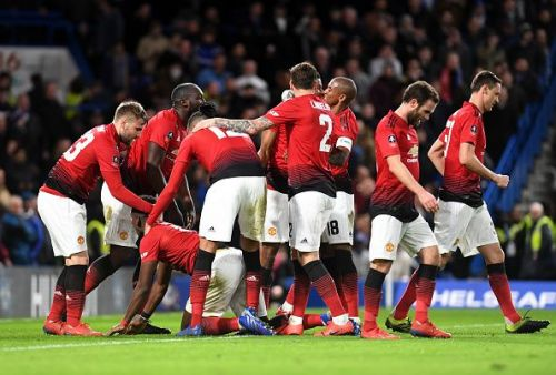 Manchester United marched into the quarter-finals of the FA Cup