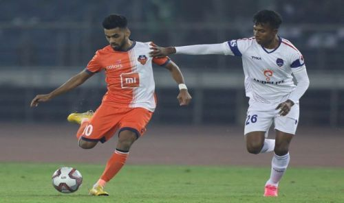 Brandon Fernandes and Rana Gharami in action [Image: ISL]