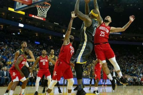 DeMarcus Cousins did a great job against the tall Houston defenders. Credit: SF Chronicle