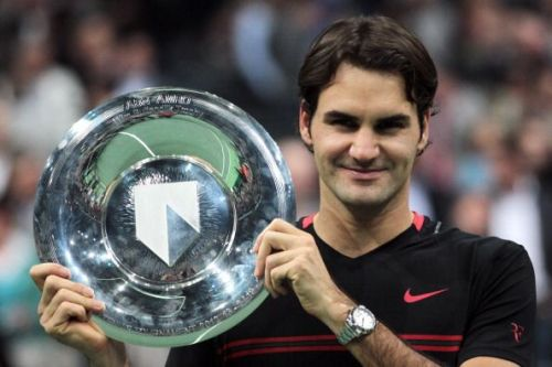 Roger Federer with the 2018 Rotterdam Open title