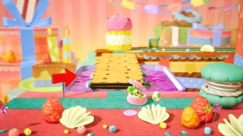A Yoshi hiding in Yoshi's Crafted World