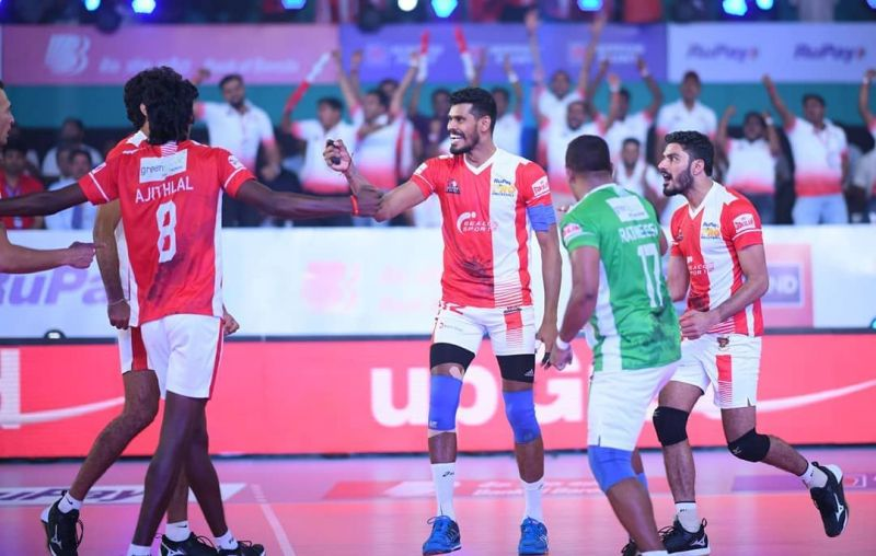Calicut Heroes proved clinical in the final set against U Mumba Volley