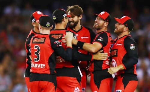 Melbourne Renegades Celebrating theri Victory