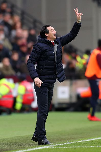 Unai Emery is still finding his best formation.