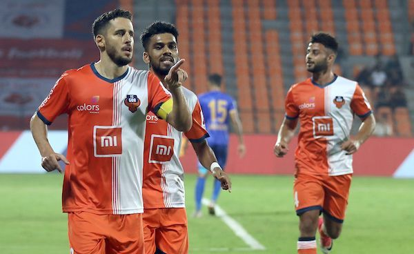 Can the Gaurs secure all three points against the Delhi outfit? (Image Courtesy: ISL)