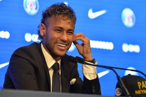 Neymar rebuked journalist who tried to ask him about a potential return to Camp Nou