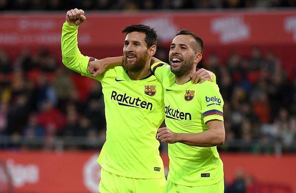Messi wants Jordi Alba to continue at Barcelona