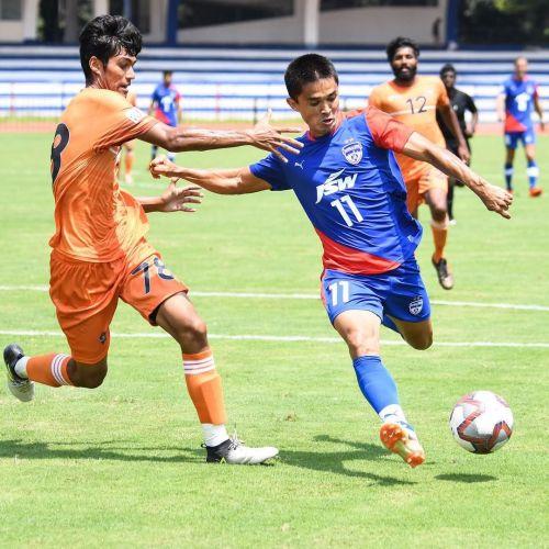 Bora during a friendly against Bengaluru FC