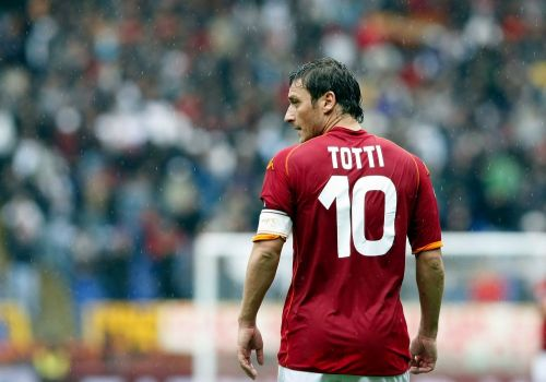 Francesco Totti was a good player for Luciano Spalletti's Roma as a false-9. He was the benchmark for many tacticians to try and utilize players to improve positional superiority.