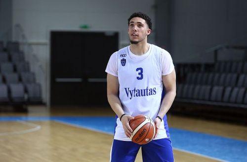 LiAngelo Ball Training with Vytautas Prienai