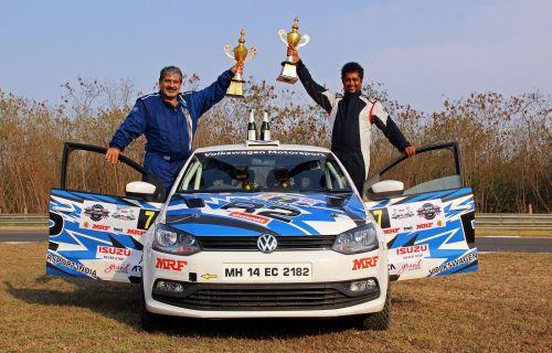 Former FMSCI president Vicky Chandhok & Co-driver Chandramouli