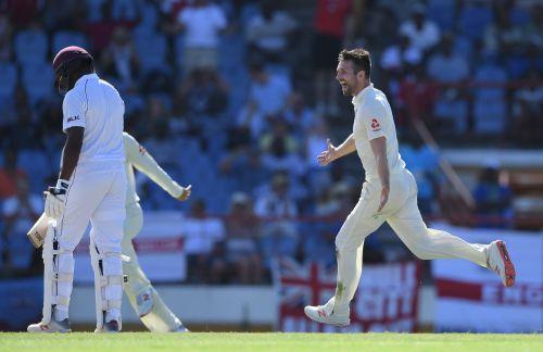 Mark Wood 5 wicket