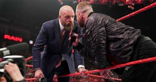 The King of Kings vs The Lunatic Fringe should happen at WrestleMania 35