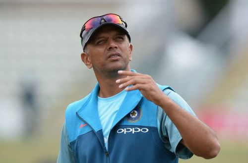 Rahul Dravid has backed India as favourites for the World Cup