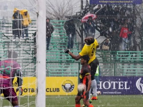 Players in action during the match between Gokulam Kerala FC and Real Kashmir FC