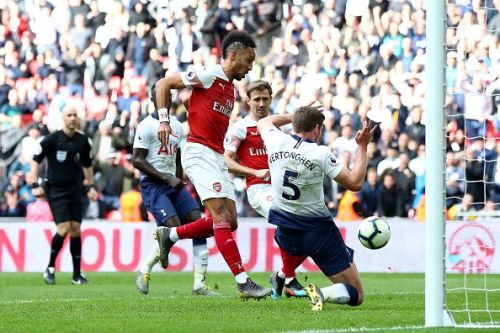 Arsenal and Tottenham share points in Saturday's North London Derby