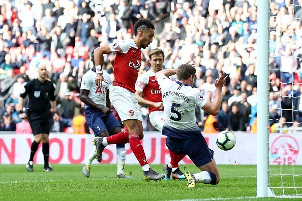 Arsenal and Tottenham share points in Saturday