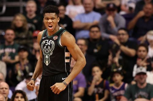 Giannis Antetokounmpo had 21 points in the loss against Phoenix Suns