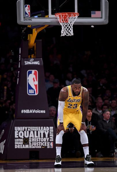 LeBron James looks to lead the Lakers to the Playoffs