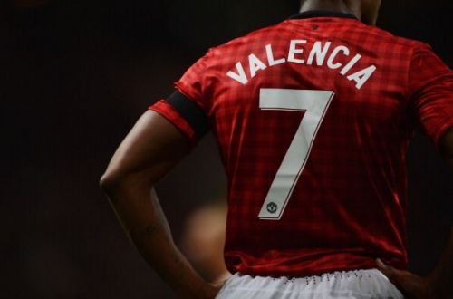 Antonio Valencia couldn't handle the number 7 shirt