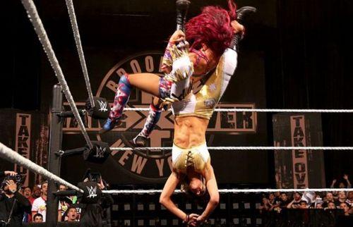 Sasha Banks and Bayley had a stellar match at NXT Takeover: Brooklyn!