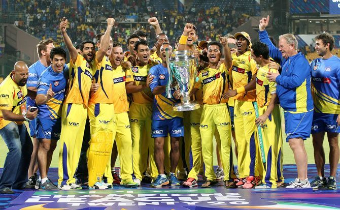 Chennai Super Kings Team Won The Ipl Tropy In 2010