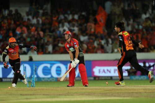 Rashid bowled AB De Villiers with a brilliant googly (Courtesy: iplt20.com)