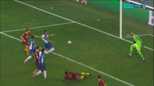 The foul on Fernando clearly stopped him from getting a touch on the ball. A right decision.