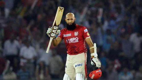Amla scored his 2nd IPL century against the Gujarat Lions