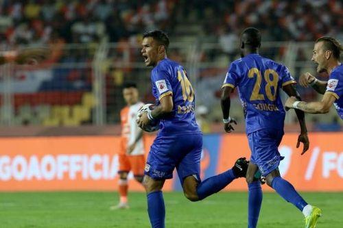 Rafael Bastos celebrates