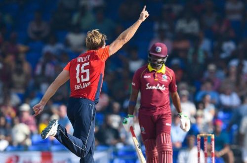 David Willey took 4 Wickets for just 7 Runs.