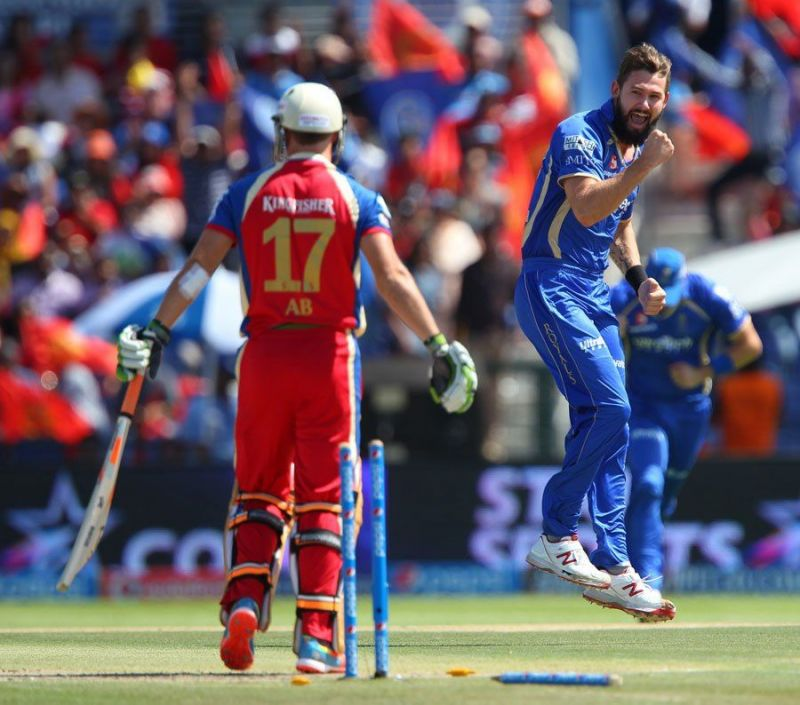 RCB had a disappointing outing against RR in 2014.