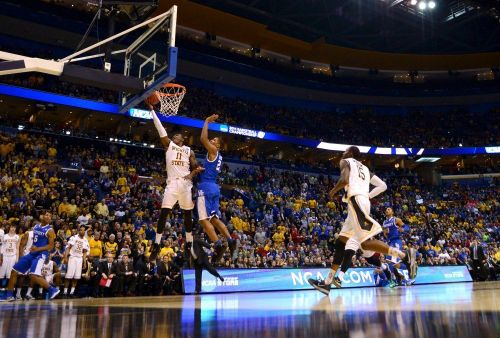 Wichita State vs. Kentucky's Round of 32 in 2014 is one of the best games in college hoops history