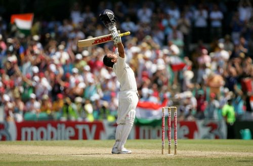 The problem could not affect Sachin's game as he went on to score a big hundred at Sydney.