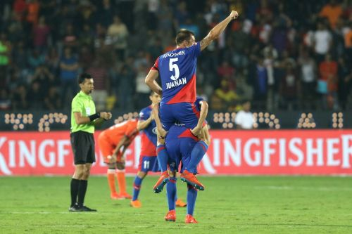 Juanan Gonzalez celebrates winning the ISL Final in Mumbai